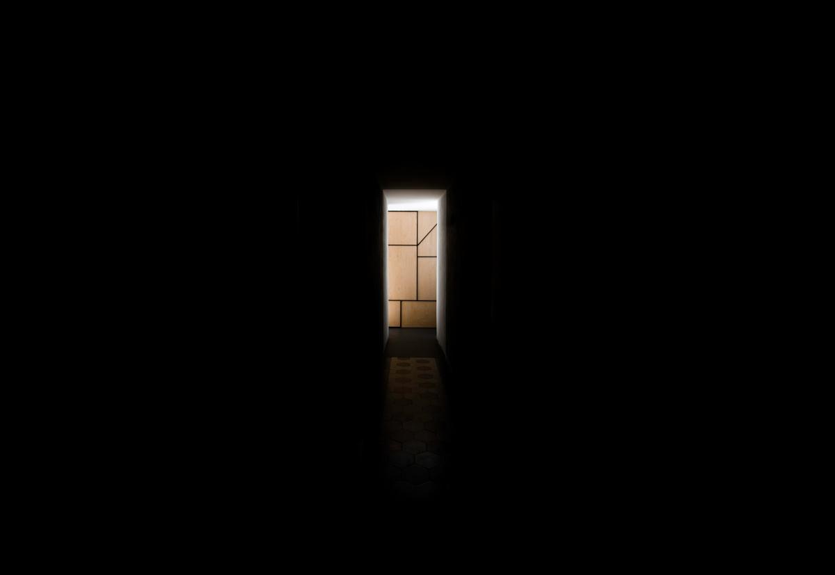 corridoio-nero-bis